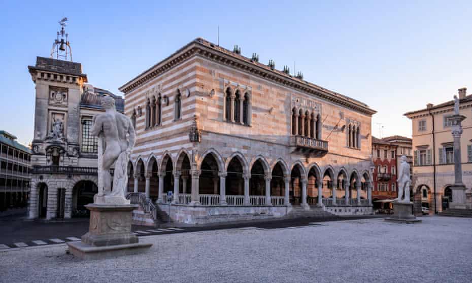 Piazza Libertà a Udine.