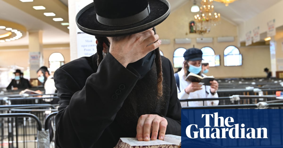 Israel to prosecute Hasidic pilgrims who faked negative Covid tests to fly home