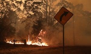 Flames in Currowan