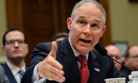 EPA chief Scott Pruitt: two top aides depart amid ethics investigations