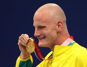 Rowan Crothers celebrates winning gold