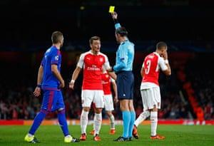 Mesut Özil pleads his innocence.