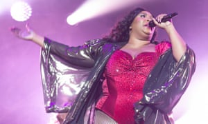 Lizzo performing in Chicago, September 2019.