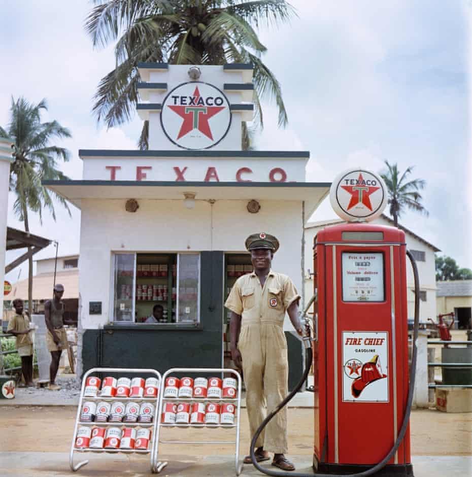A Texaco attendant in Togoland in 1958.