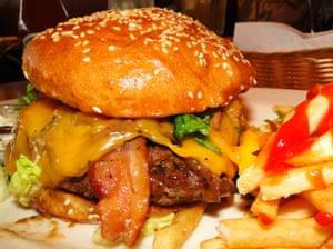 Cheesecake Factory - Ranch House Burger