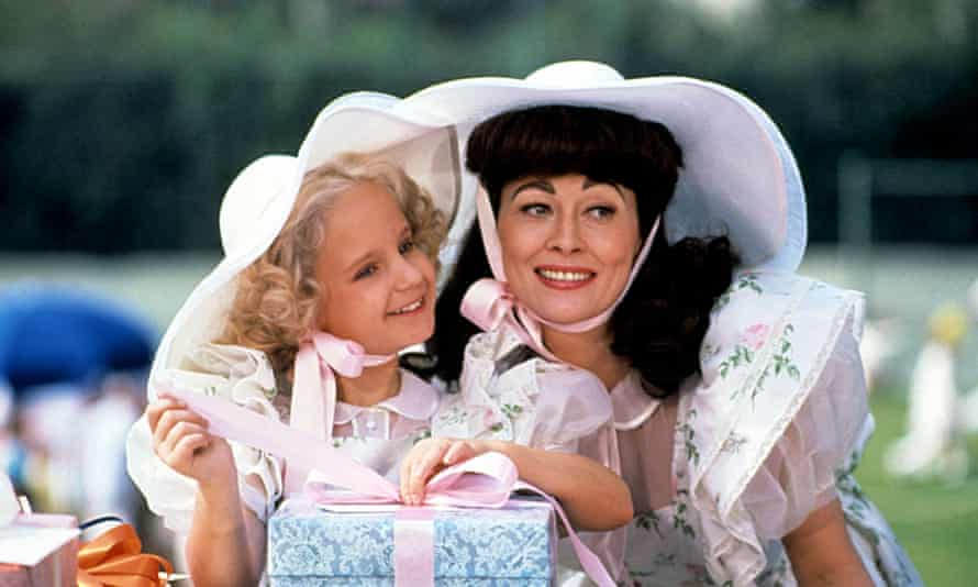 Mara Hobel and Faye Dunaway in the film adaptation of Mommie Dearest.