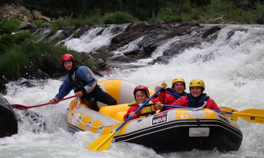 Oliver Balch and his sons rafting on the Paiva River