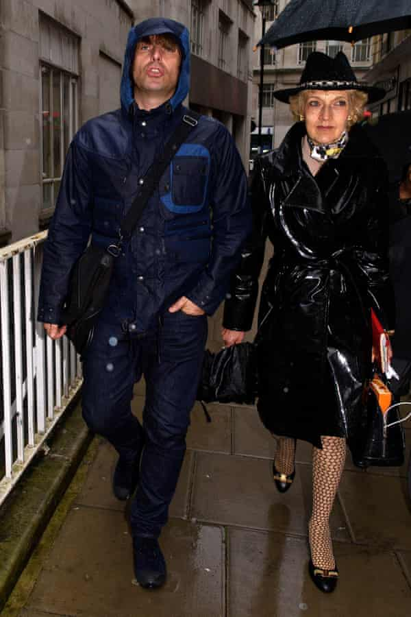 Liam Gallagher arrives at the family court with lawyer Fiona Shackleton in September 2015.