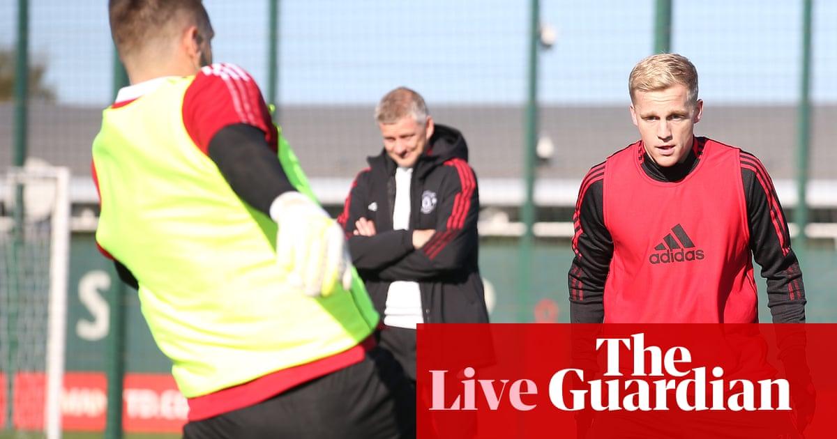Manchester United v Liverpool buildup, Premier League team news and more – live!