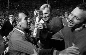 Nobby Stiles (right) with England's manager Alf Ramsey and Bobby Moore after winning the World Cup.