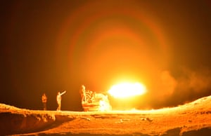 Baghuz, SyriaFighters from the Syrian Democratic Forces (SDF) fire a cannon at the frontline of battles in the Islamic State group's last remaining position.