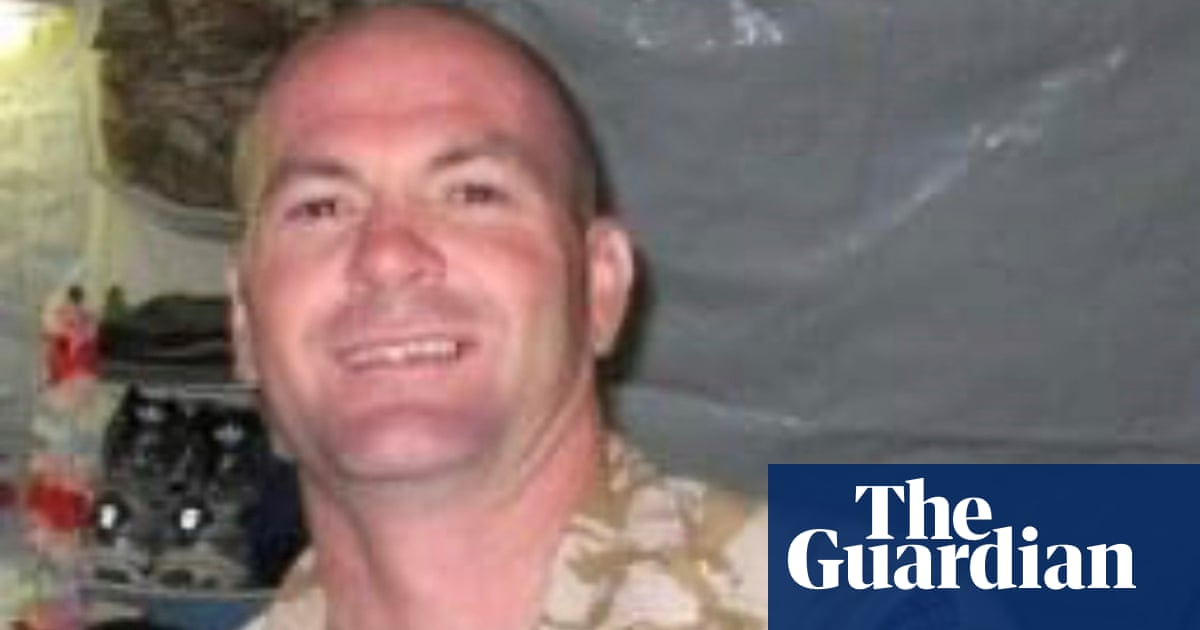 Father warned police hours before officer Tasered son, inquest hears