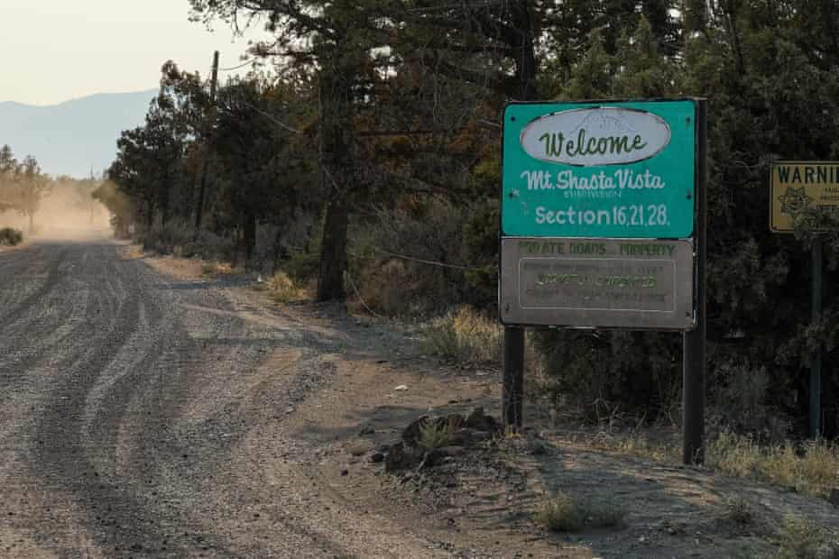 A vehicle leaves a trail of dust off of A12 in Siskiyou county.