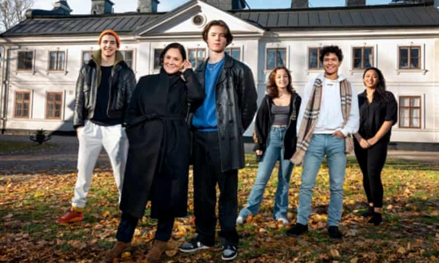 The cast of Young Royals.