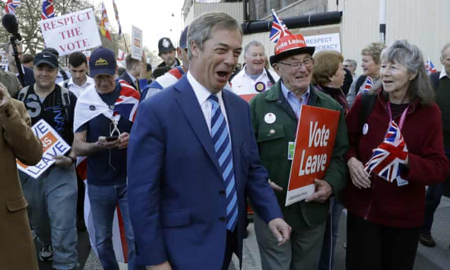Nigel Farage joins pro-Brexit supporters on Friday, as he rejoins the March to Leave during its final stage.