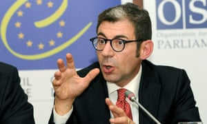 According to the inquiry, former Italian deputy Luca Volontè played an important role in undermining a report on Azerbaijan's political prisoners.