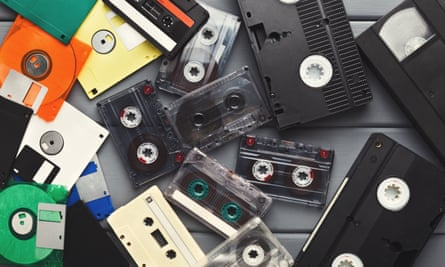 Audio and video cassettes and floppy discs