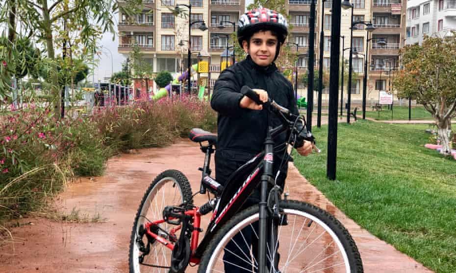 Boy with a bike in Kilis