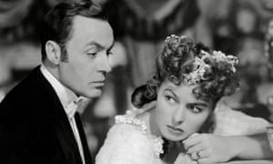 Charles Boyer and Ingrid Bergman play husband and wife Gregory Anton and Paula Alquist in the 1944 film adaptation of Patrick Hamilton's Gas Light.