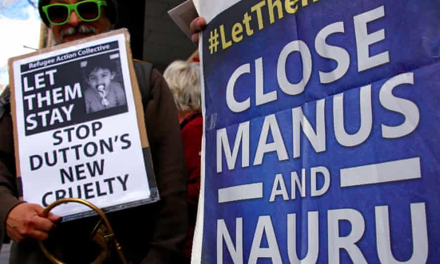 Protesters against Manus