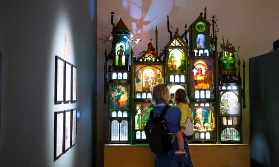 Falmouth Art Gallery, Falmouth. 'Gormenghast' automaton