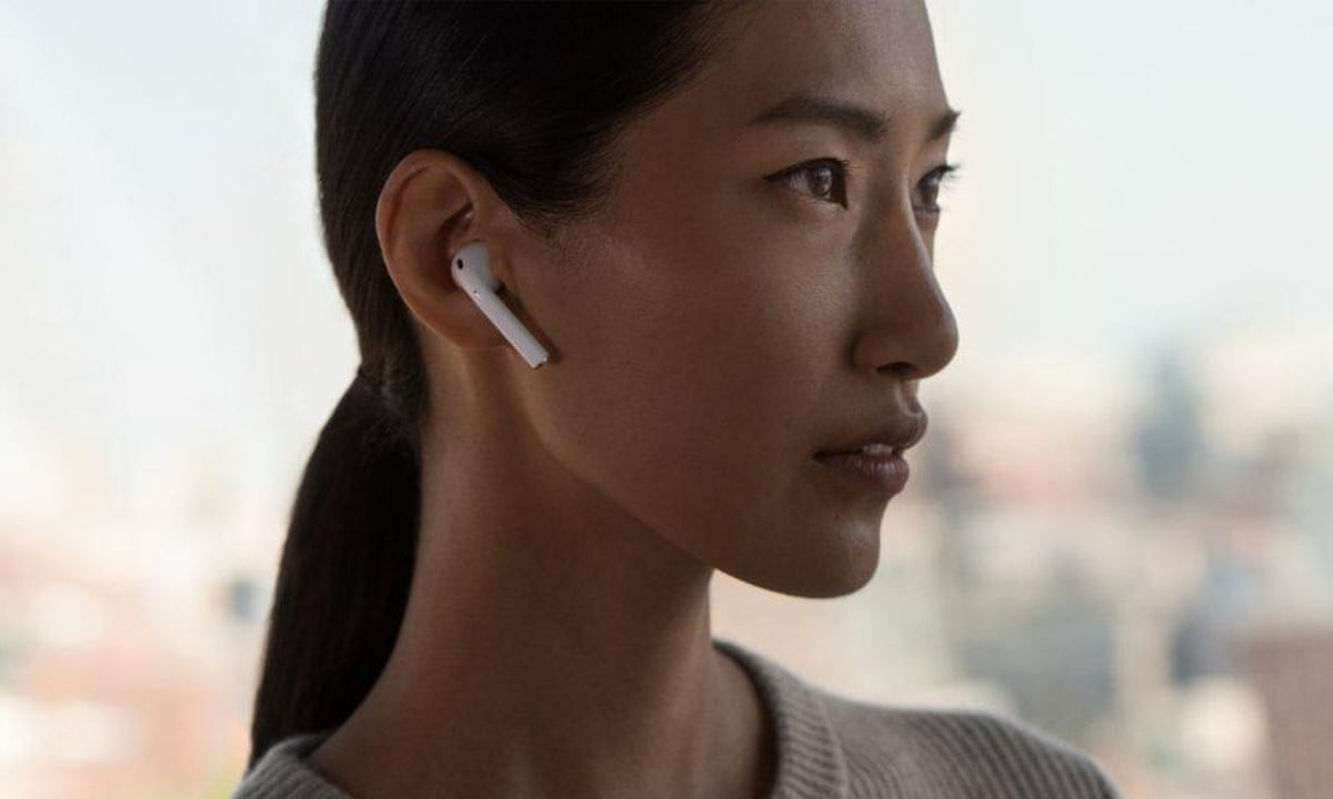 How Did Apple S Airpods Go From Mockery To Millennial Status