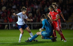 Jodie Taylor is tackled by Laura O'Sullivan.