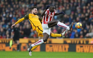 Brighton's Davy Propper in action with Stoke City's Kurt Zouma during the 1-1 draw at thebet365 stadium.