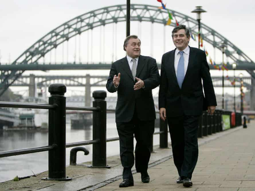 John Prescott and Gordon Brown in Newcastle to campaign for a yes vote in 2004.