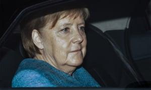 Angela Merkel returns to Berlin in car
