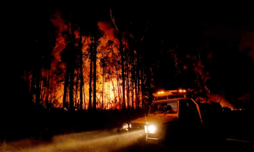 Prof David Bowman says hazard reduction burning doesn't stop bushfires, but the aim is 'to try and change its behaviour'.
