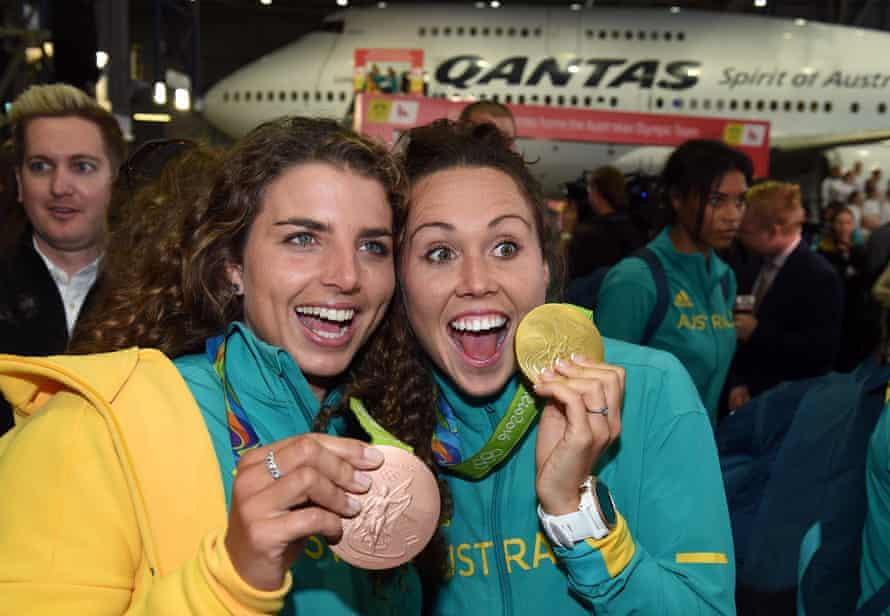 Jessica Fox and Chloe Esposito