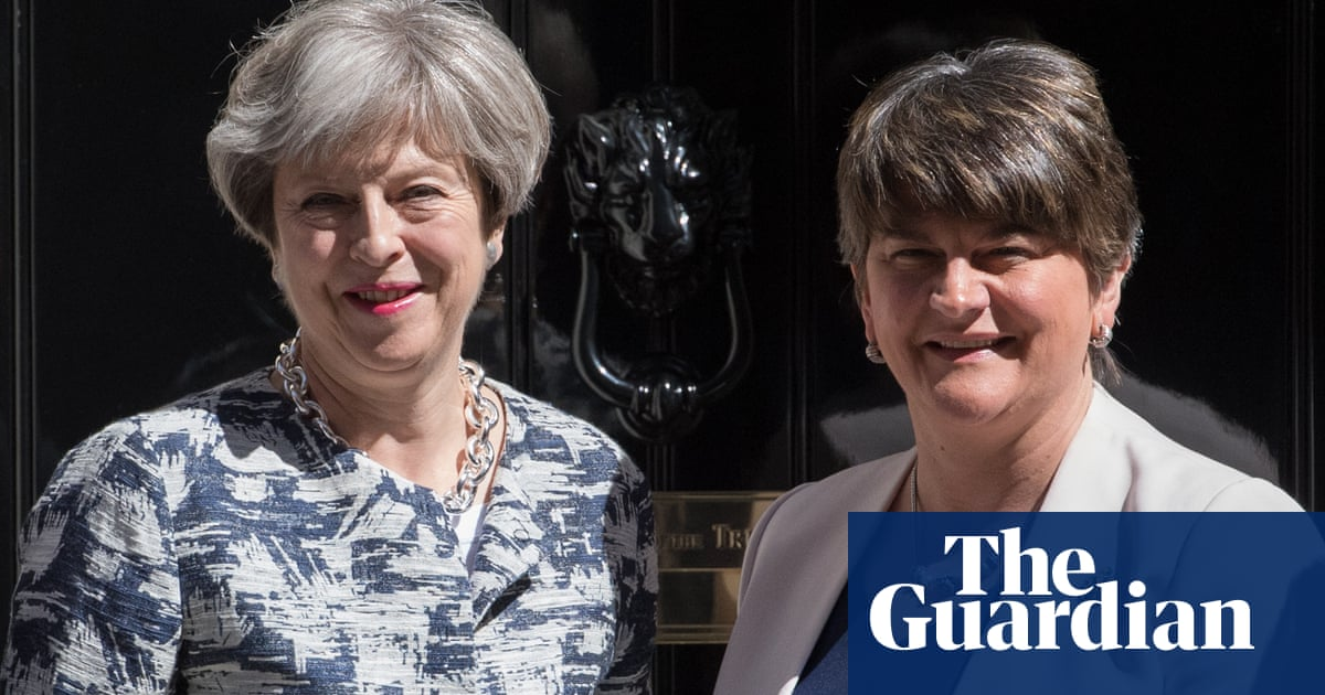 DUP leader ready to strike deal with May to end Brexit impasse