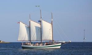 Schooner Pride sailing in Charleston Harbor, South CarolinaHTGB52 Schooner Pride sailing in Charleston Harbor, South Carolina