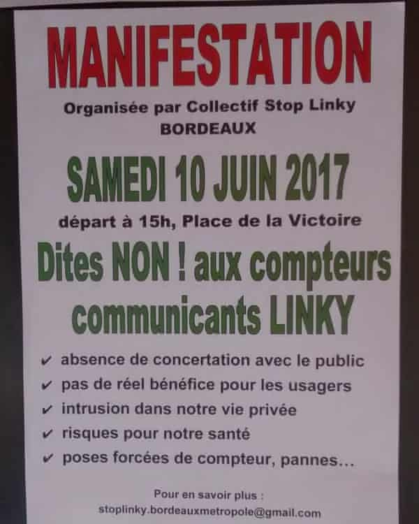 A poster for an anti-smart meter campaign in France.