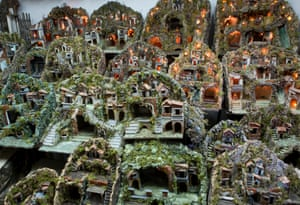 Christmas stables sold as souvenirs, Naples