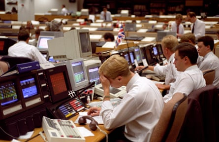 Sterling traders at NatWest's foreign exchange department, as the pound still remained in the danger zone on Europe's ERM in 1992