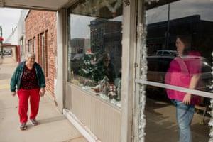 Lucille Jenkins, left, smiles at April Swinney at Dunklin County Cab on December 21 in Kennett, Missouri.