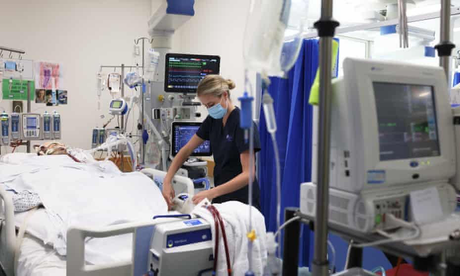 A nurse in the ICU unit. St Vincents hospital Sydney, NSW, Australia. Health. Australia. Medical. Hospital. Nurse. Ward.