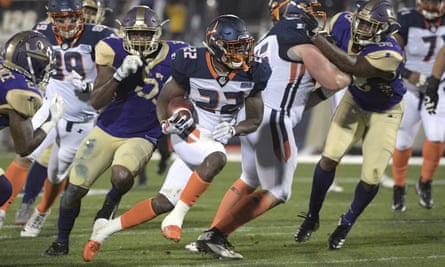 Orlando Apollos running back D'Ernest Johnson in action against the Atlanta Legends during the Alliance of American Football's opening weekend