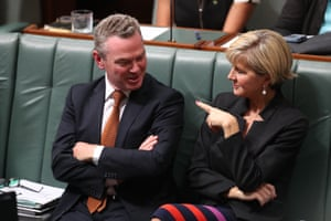 The leader of the house Christopher Pyne and Foreign Minister Julie Bishop during question time
