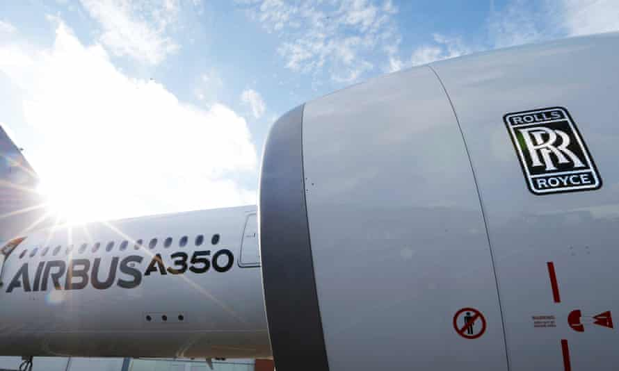 An Airbus A350 with a Rolls-Royce engine