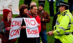 Protesters in Glastonbury