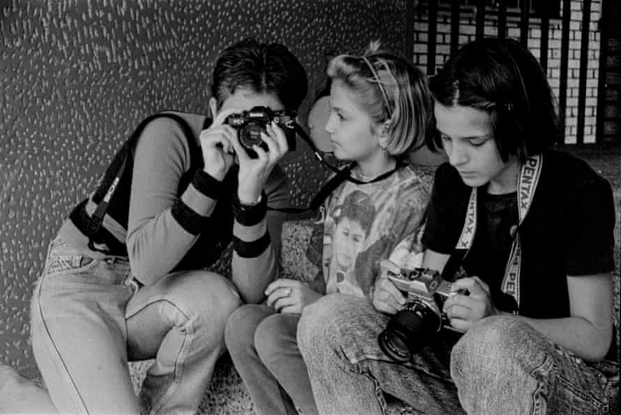 Rina Trifkovic (right) learns photography in 1998.