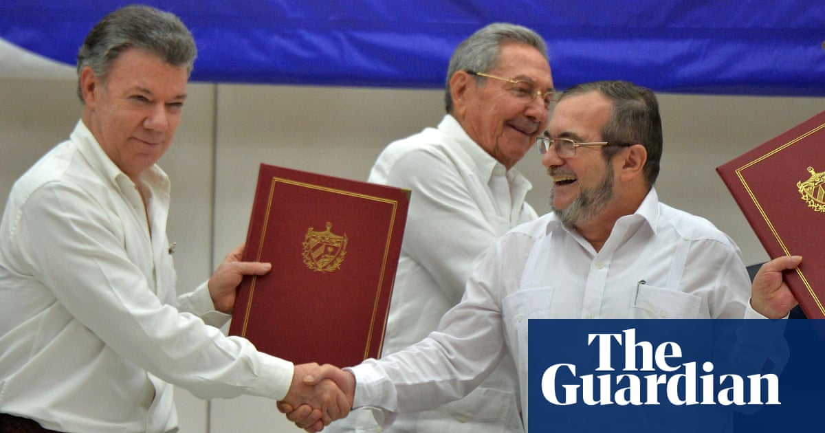 Colombia And Farc Rebels Sign Historic Ceasefire Deal To End 50 Year
