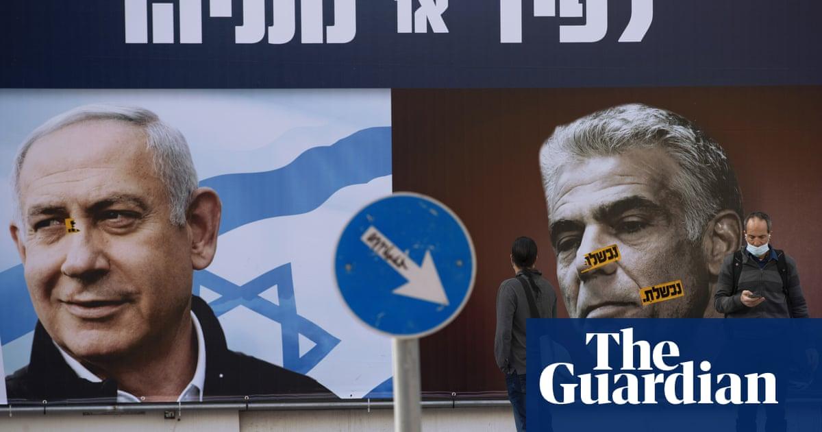 Israeli opposition leader tells president he can form government