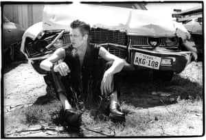 Crashed out … Paul Simonon in a Texas scrapyard in 1979.