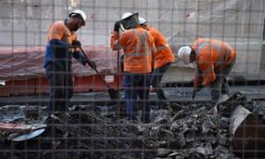 Maintenance workers in Sydney