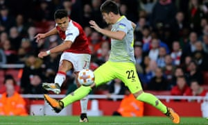 Alexis Sanchez of Arsenal makes it 2-1 in the 67th minute.
