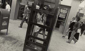 Winogrand's photo of a woman on the phone 'blurs the thin line between public and private'
